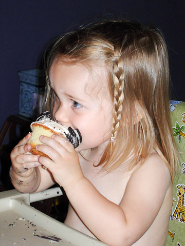 birthday-cupcake-time-eating-2.jpg