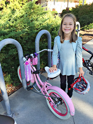 fall-b-bike-ride-to-school.jpg