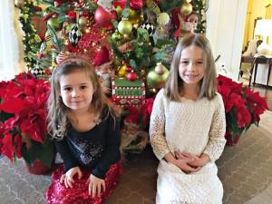 holiday inn tree both kneel