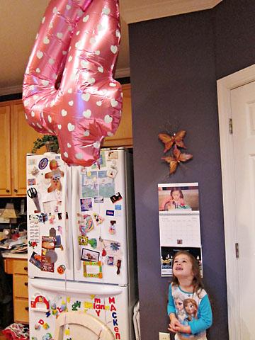 bday 4 balloon countdown