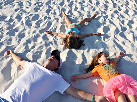 beach 3 collapse on beach