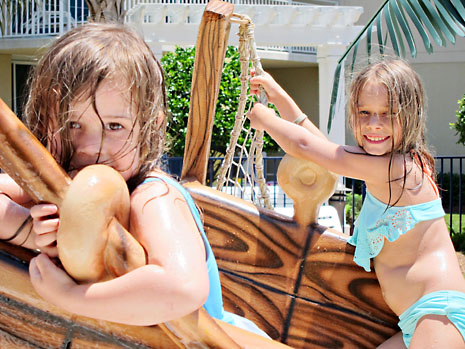 beach splash area girls