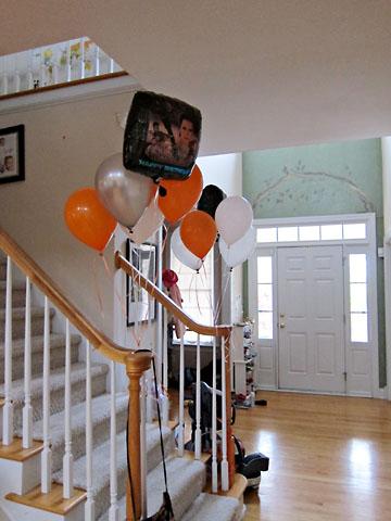 birthday stair balloons